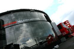 yeni McLaren Motorhome