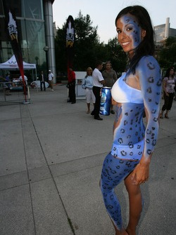 Street party: body painted girl