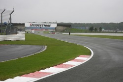 Caminado en la pista de Silverstone