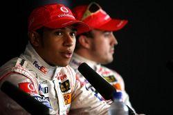 Segundo puesto Fernando Alonso, McLaren Mercedes, ganador de la pole Lewis Hamilton