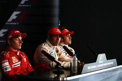 Segundo puesto Fernando Alonso, McLaren Mercedes, ganador de la pole Lewis Hamilton, McLaren Mercede