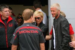 Nick Fry, Honda Racing F1 Team Director Ejecutivo, Rubens Barrichello, Honda Racing F1 Team con Davi