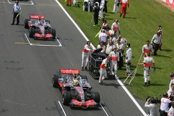 Lewis Hamilton, McLaren Mercedes, MP4-22 y Fernando Alonso, McLaren Mercedes, MP4-22