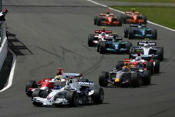 Start of tha race, Nick Heidfeld, BMW Sauber F1 Team