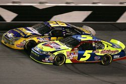Kyle Busch and Jamie McMurray battle thru the tri-oval