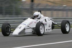 Томас Крейнкурт за рулем автомобиля Van Diemen