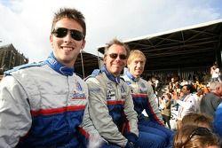 Chris Buncombe, William Binnie et Allen Timpany