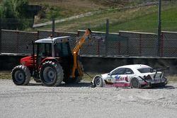 Susie Stoddart, Mücke Motorsport AMG Mercedes, AMG Mercedes C-Klasse, est retiré du bac à gravier