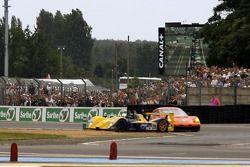 Tête à queue pour la #29 T2M Motorsport Dome S101-5 Mader: Robin Longechal, Yutaka Yamagishi, Yojiro Terada