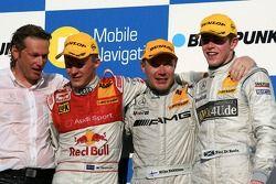 Podium: Mika Häkkinen, Team HWA AMG Mercedes, Mattias Ekström, Audi Sport Team Abt Sportsline, Paul di Resta, Persson Motorsport AMG Mercedes, Hans-Jürgen Mattheis, manager d'équipe HWA