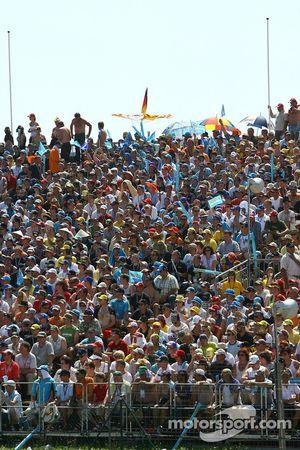 Fans de Sachsenring listos para la carrera