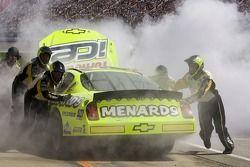 Le Menards Chevrolet est repoussé au garage avec des problèmes de moteur