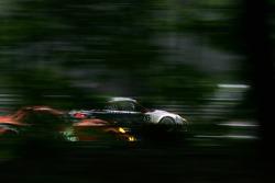 Раймон Нарас, Рихард Лиц, Патрик Лонг, IMSA Performance Matmut, Porsche 997 GT3-RSR (№76)