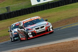 Lee Holdsworth under pressure