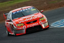 Craig Lowndes managed to grab 2nd