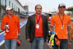 Маркус Винкельхок, Spyker F1 Team, Колин Коллес, руководитель команды Spyker F1 Team и Адриан Сутиль