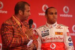 Льюис Хэмилтон, McLaren Mercedes и Кай Эбель на картинговом мероприятии Vodafone