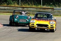Corvette et Triumph TR2
