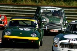 Lotus Elan et Mini Cooper