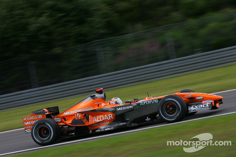 #20 : Adrian Sutil, Spyker F8-VII