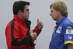Eric Boullier, talks to David Sears, Team Principal