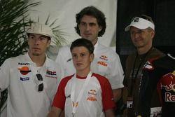 Nicky Hayden, Kevin Schwantz, e Cameron Beaubier na coletiva de imprensa do Red Bull Rookie Cup