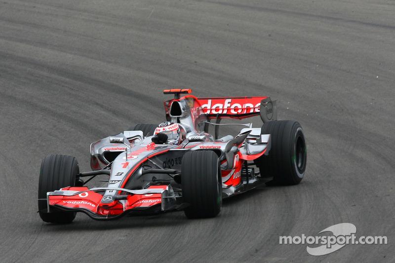 2007 - Nürburgring: Fernando Alonso, McLaren-Mercedes MP4-22