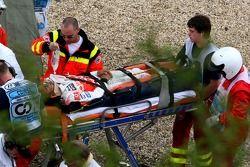 Серьёзная авария Льюиса Хэмилтона, McLaren Mercedes, MP4-22 в квалификации