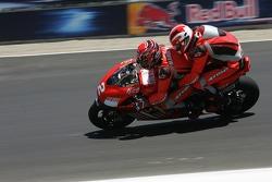 Двухместный Ducati