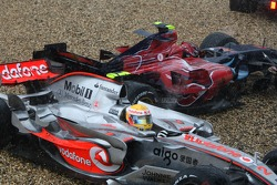 Lewis Hamilton, McLaren Mercedes, MP4-22 and Scott Speed, Scuderia Toro Rosso, STR02