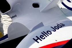 Un mensaje en el coche de Nick Heidfeld, BMW Sauber F1 Team, para su hijo Joda, recién nacido