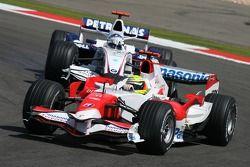 Ralf Schumacher, Toyota Racing, TF107 y Nick Heidfeld, BMW Sauber F1 Team, F1.07