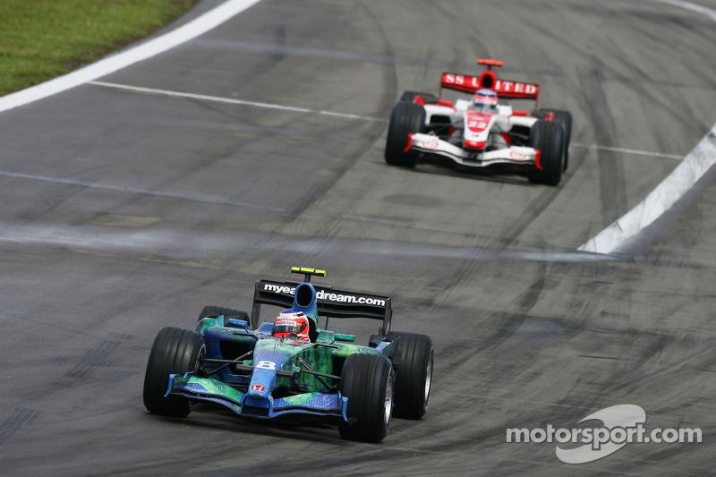 Rubens Barrichello, Honda Racing F1 Team RA107; Takuma Sato, Super Aguri F1 SA07