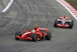 Фелипе Масса, Scuderia Ferrari, F2007, Фернандо Алонсо, McLaren Mercedes, MP4-22