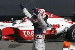 Javier Villa fête sa victoire