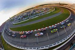 Départ de la course passerelle 250 NASCAR Busch Series