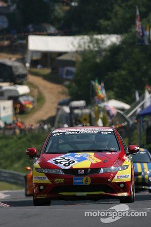 #228 Michael Ecker Honda Civic Type-R: Michael Ecker, Wilfried Schmitz, Marcel Engels, Kim Berwanger