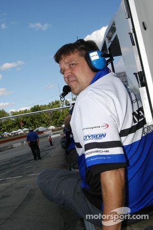 Scott Halupke obtient de belle performance pour l'équipe Dyson Racing