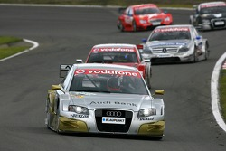 Alexandre Premat, Audi Sport Team Phoenix, Audi A4 DTM, devant Mike Rockenfeller, Audi Sport Team Ro