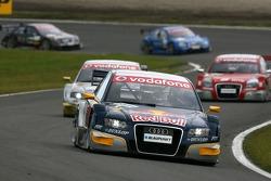 Martin Tomczyk, Audi Sport Team Abt Sportsline, Audi A4 DTM, devant Alexandre Prémat, Audi Sport Tea