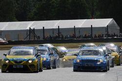 Tiago Monteiro, SEAT Sport, SEAT Leon e Nicola Larini, Team Chevrolet, Chevrolet Lacetti
