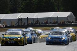 Tiago Monteiro, SEAT Sport, SEAT Leon and Nicola Larini, Team Chevrolet, Chevrolet Lacetti