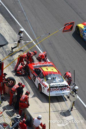 Elliott Sadler in the pits for damage repair