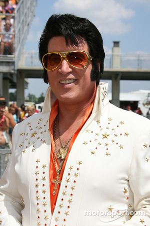 Elvis in the building