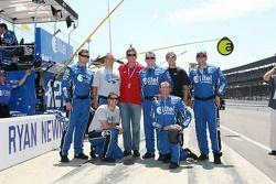 Alltel Dodge crew members pose