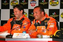 Post-race press conference: race winner Tony Stewart with Greg Zipadelli