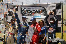 Le podium: Franck Perera, Jonathan Bomarito, Rafael Matos et Robert Wickens