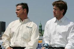 Conférence de presse pré-événement: le chef d'équipe Pierre Kuettel et Carl Edwards, pilote de la #6