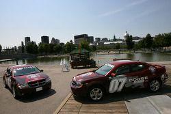 Conférence de presse pré-événement: voitures de rythme Dodge Avenger pour le NAPA Pièces d'auto 200 présenté par Dodge