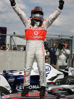 Победитель квалификации Фернандо Алонсо